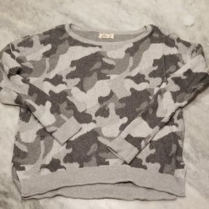 Hollister Sweaters - Hollister Camouflage Sweater M